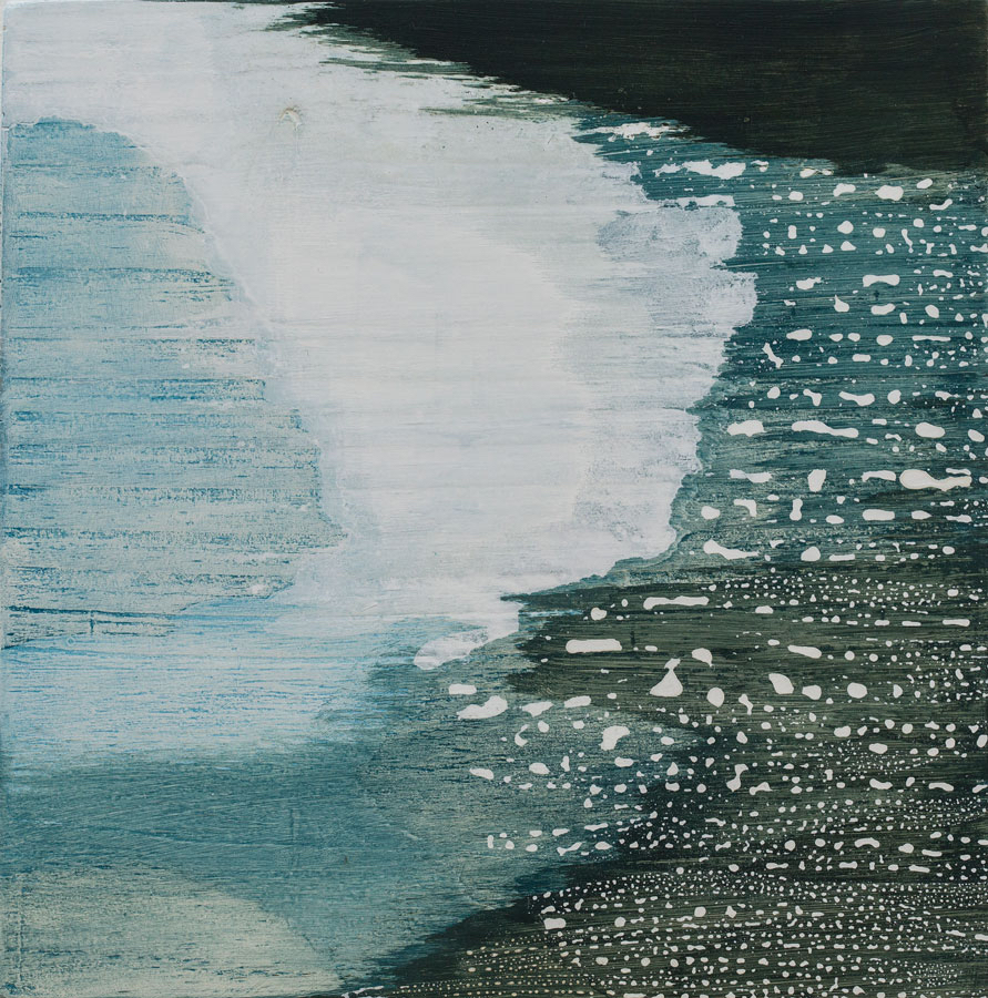 Now aquamarine, now verdigris