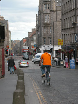 Cycling in the High Street